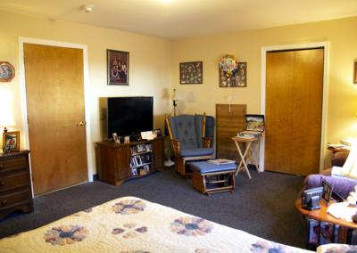 Bedroom, 2nd view